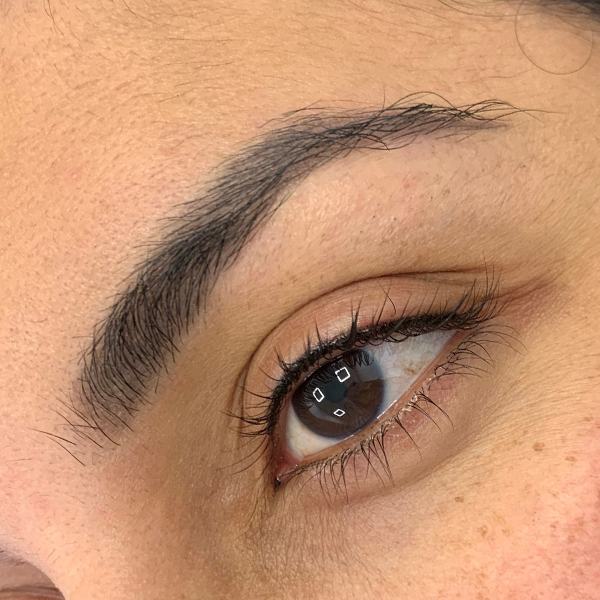 Maquillage permanent des yeux<br/>Intralash